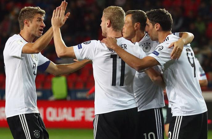 德媒盘点世预赛各队实力,卫冕冠军为明年捧杯最大热门