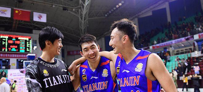 徐贵军:希望中生代球员能够担当球队大梁