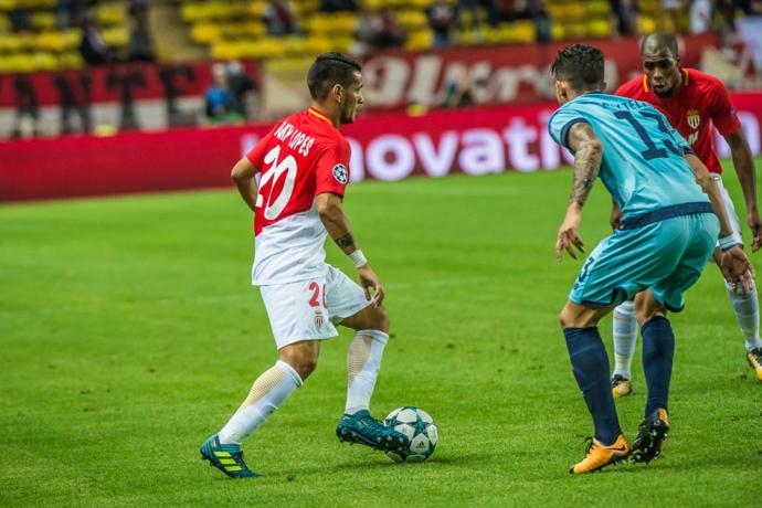 摩纳哥欧冠大名单:法尔考法比尼奥回归,约维蒂奇缺阵
