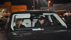 桑保利给予轮休机会,梅西在父亲陪伴下提前返回巴塞罗那