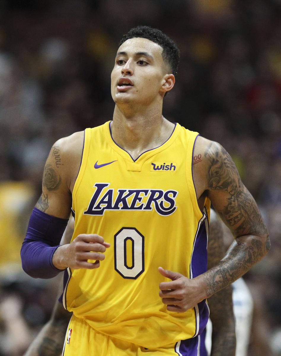 46f5a3e41c691c1761a6eff0271972c61f4d42fd Lakers