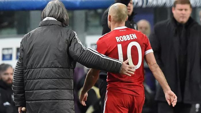 官方:罗本无缘周末德甲比赛,蒂亚戈长期伤缺