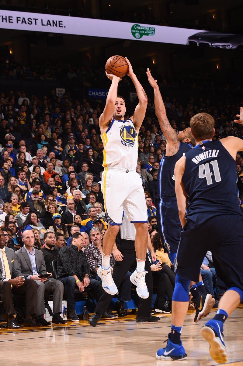 克莱-汤普森生涯第二次单场三分5投5中_虎扑NBA新闻