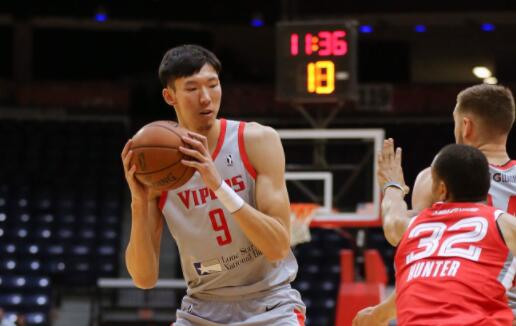 周琦发展联盟中得到21分9个篮板3个助攻