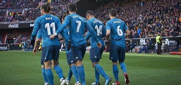 C罗点球双响马塞洛克罗斯破门,皇马4-1客胜瓦伦西亚