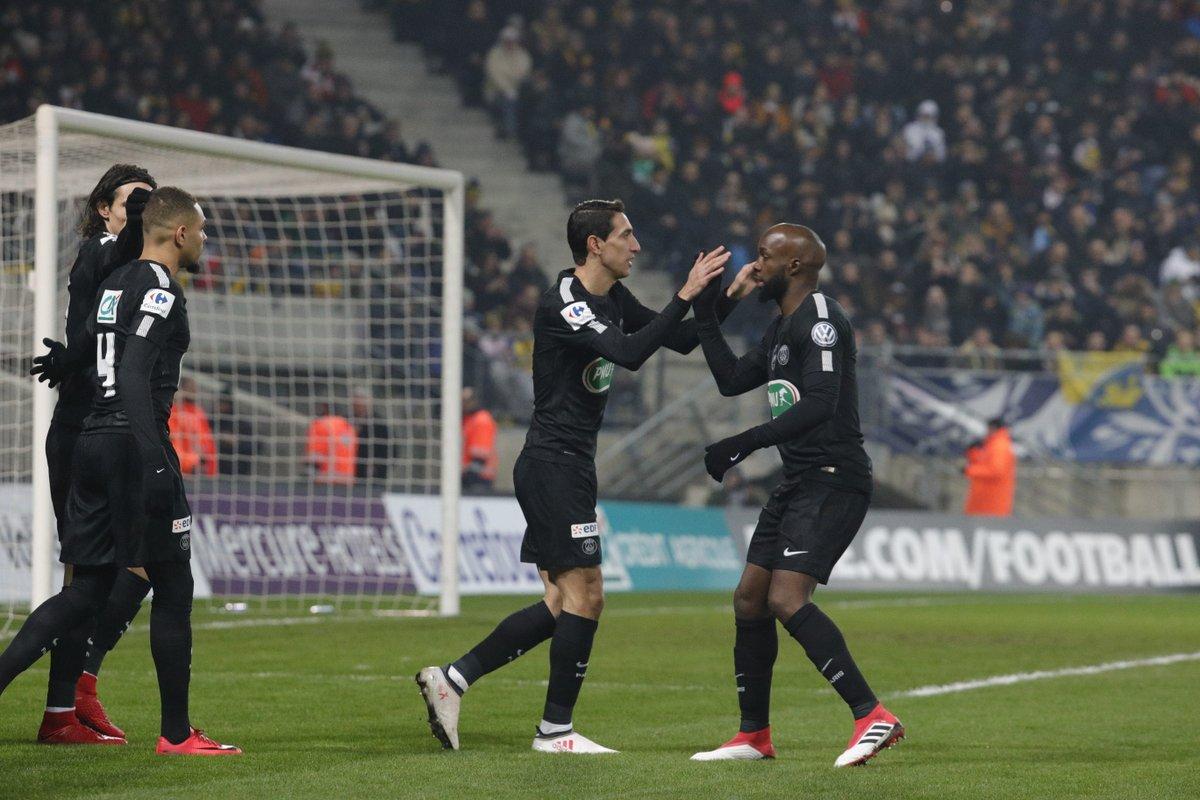 GIF:迪马利亚梅开二度,巴黎3-1索肖