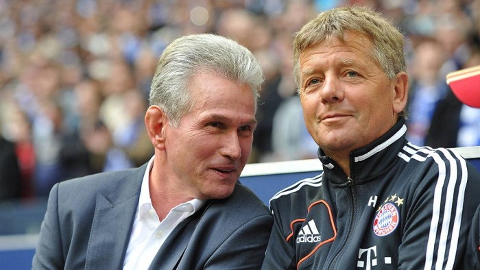 感人!拜仁助教赫尔曼比赛中为海因克斯留座位