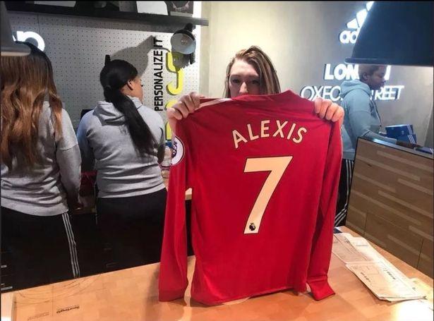 新年英超球员球衣销量TOP20:桑切斯居首