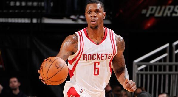 特伦斯-琼斯:享受火箭时光,目标是回到NBA