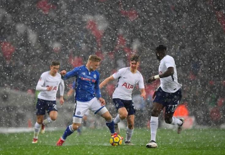 英超引进冬歇期或牺牲低级别球队利益,英乙队主席发推抗议