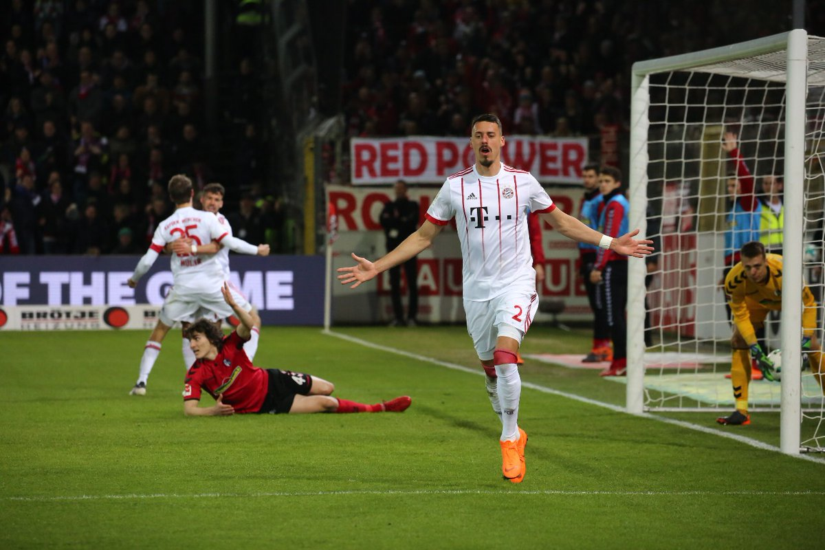 GIF:瓦格纳混战中破门!拜仁3-0领先