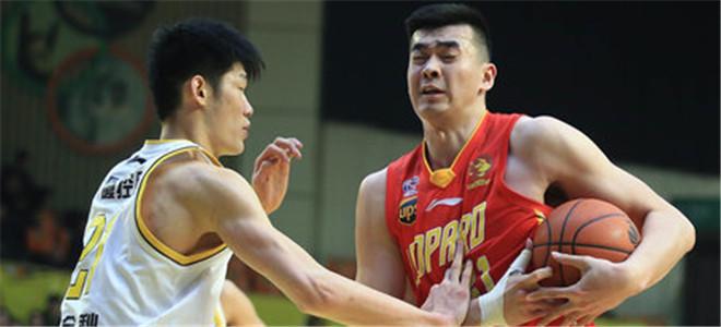 深圳男篮与广厦队首战将延时至晚8点开赛