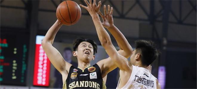 潘宁:被老师逼上篮球路,胡金秋值得我学习