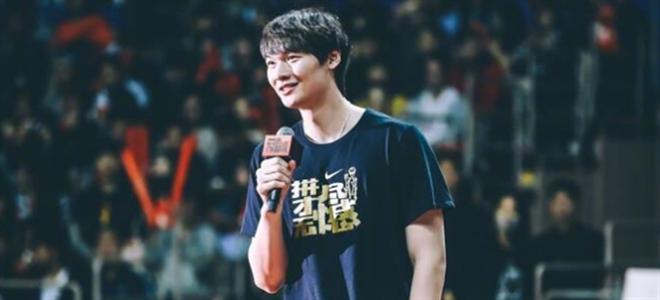 专访王哲林:难忘耐克峰会,想打职业得加强对抗