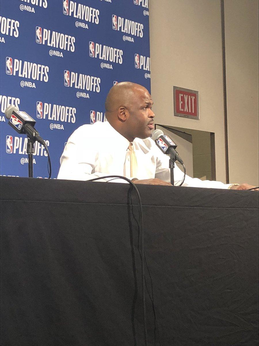麦克米兰:球员们整个赛季都很努力,还会继续努力