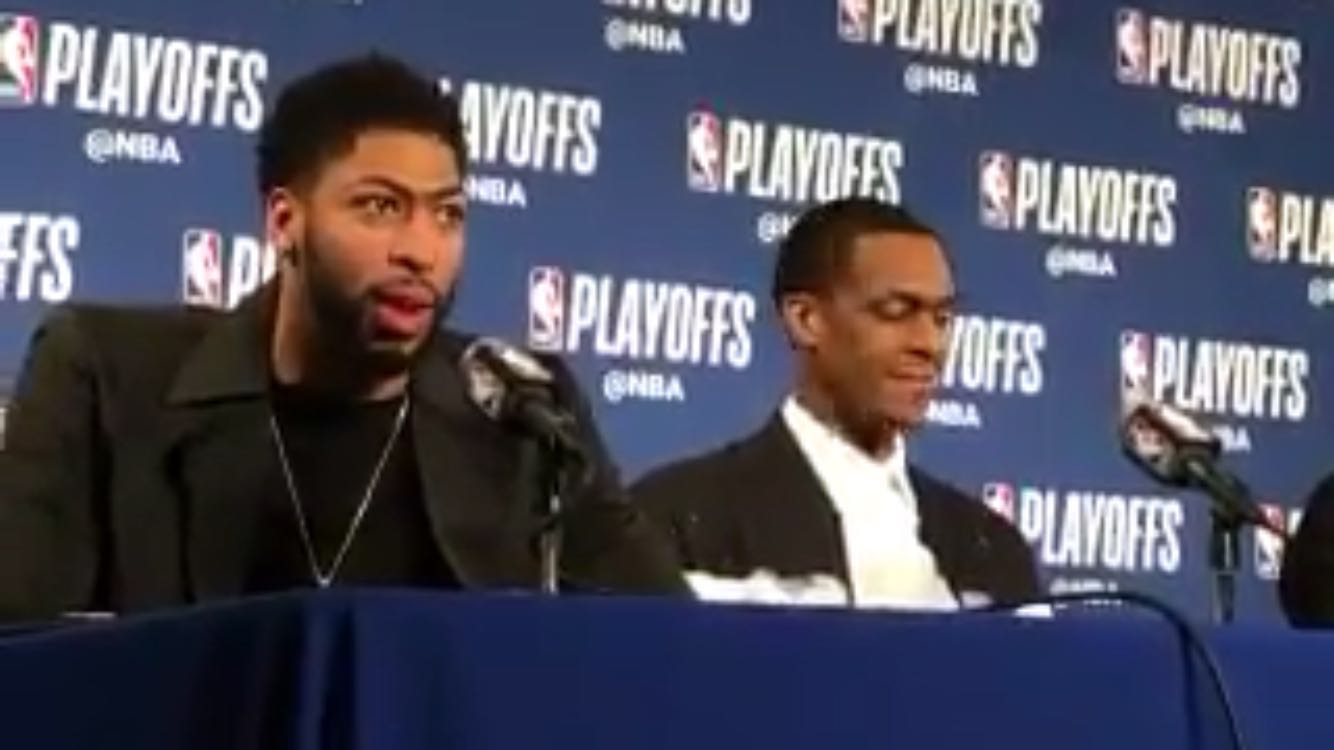 戴维斯谈格林的篮板:他是他们队唯一上场的大个