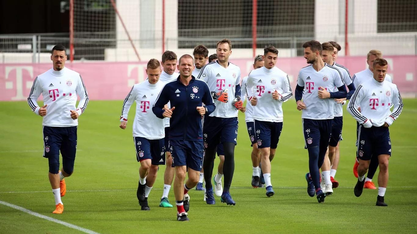 拜仁全队重新回归合练,训练场重新出现欢笑