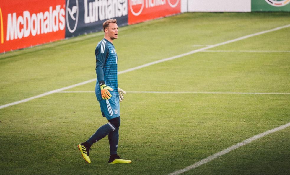 德国热身赛7-1大胜国青,诺伊尔替补出场