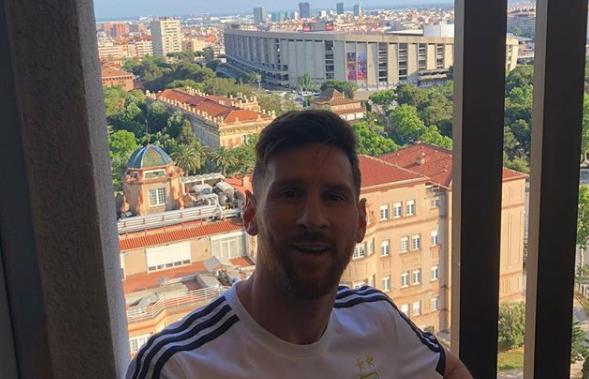 阿根廷抵达巴塞罗那,下榻梅西18年前曾住过的酒店
