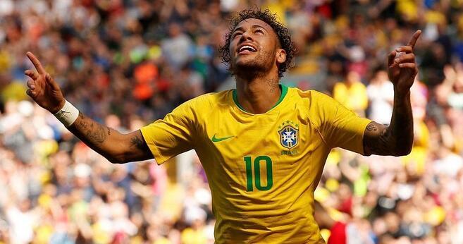 热身赛:内马尔复出破僵菲尔米诺建功,巴西2-0克罗地亚