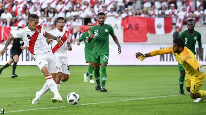 格雷罗解禁复出梅开二度,热身赛秘鲁3-0沙特