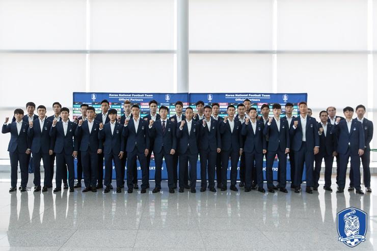 韩国提交世界杯球员号码:孙兴慜7号,金英权19号