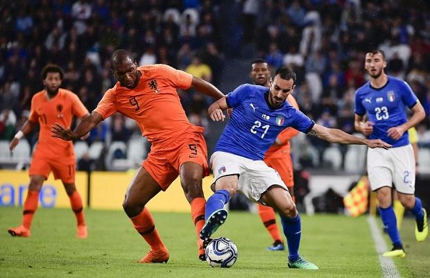 热身赛:扎扎破门克里西托染红,十人意大利1-1荷兰