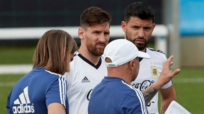 曝赛事组织方要求阿根廷照常踢热身赛,遭球员拒绝