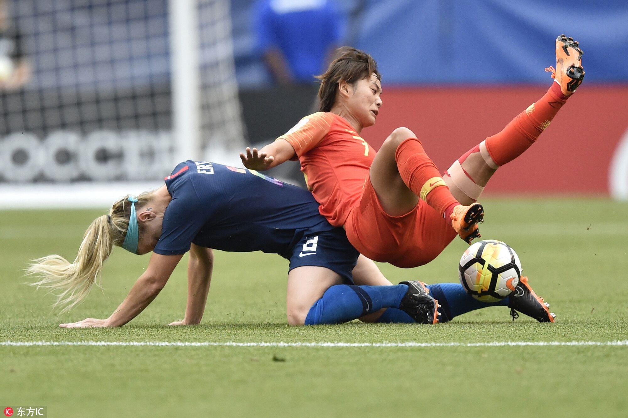 热身赛:李影破门,中国女足1-2不敌美国