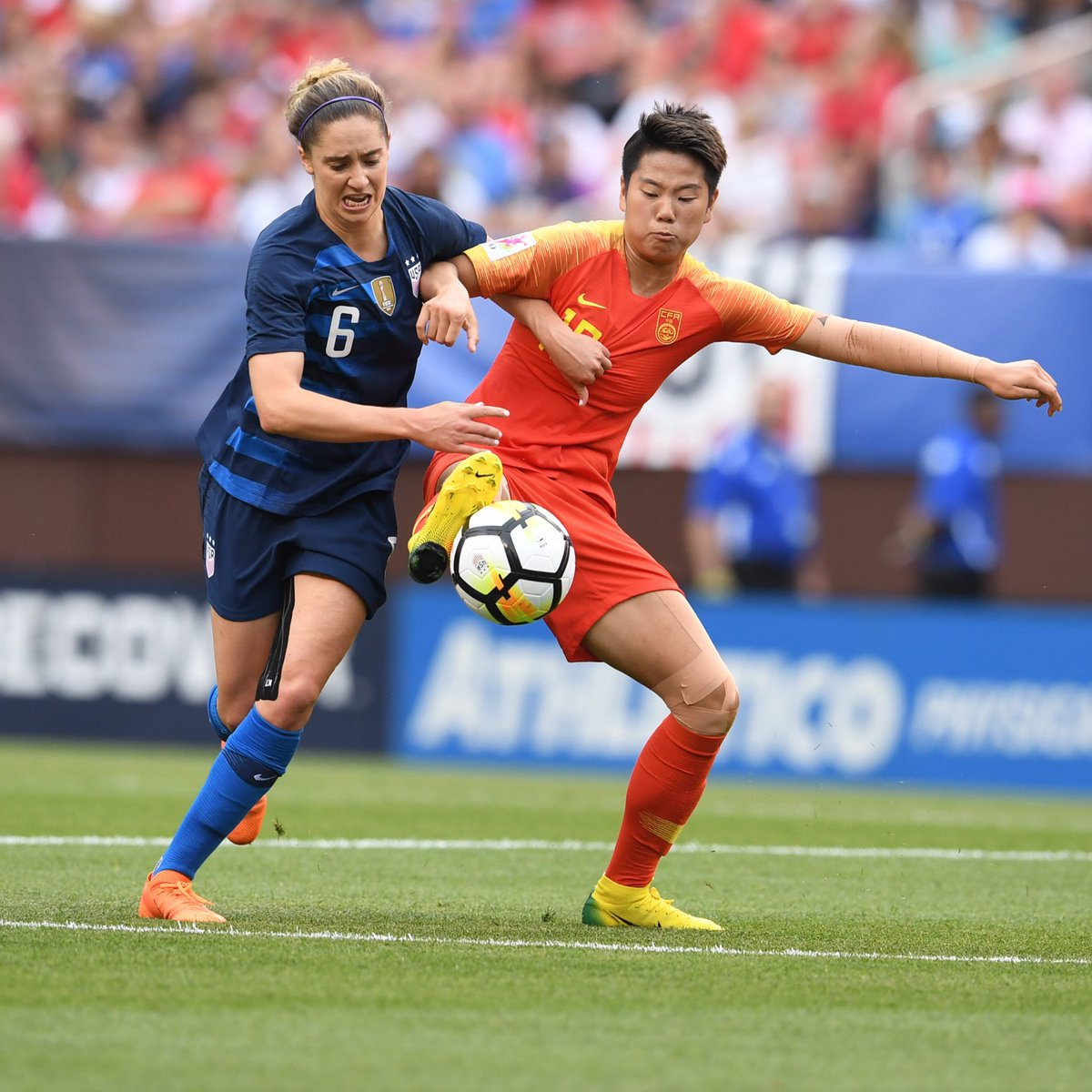 GIF:李影扳平比分!美国女足1-1中国女足
