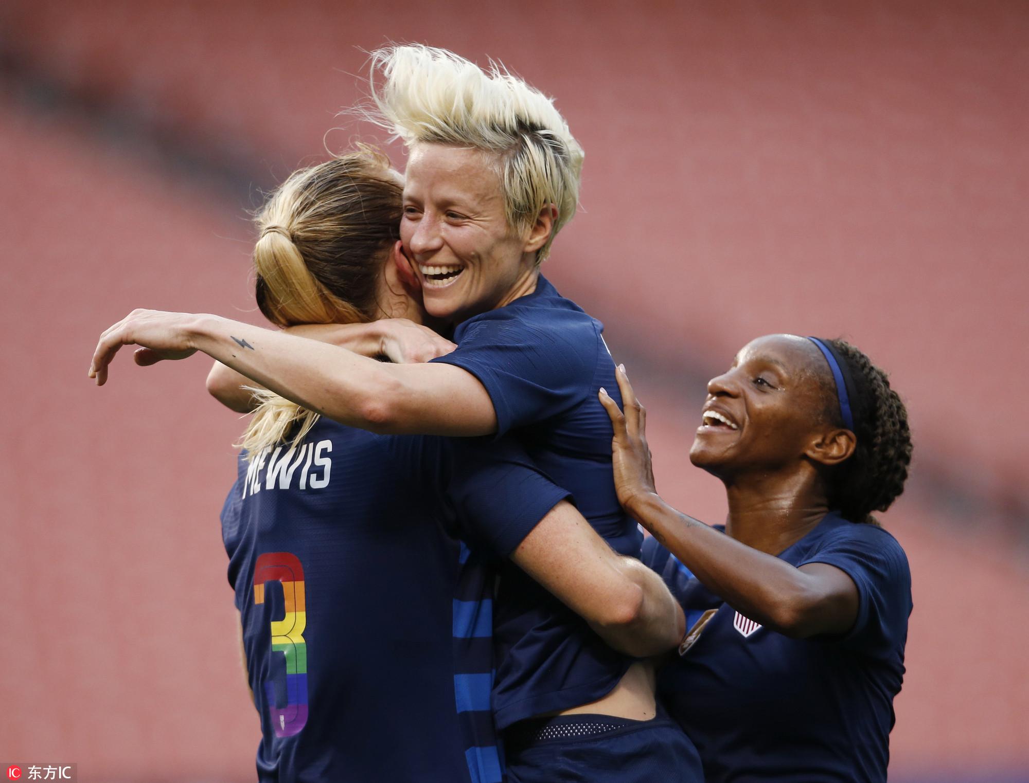 GIF:拉皮埃诺破门,美国女足1-0中国女足