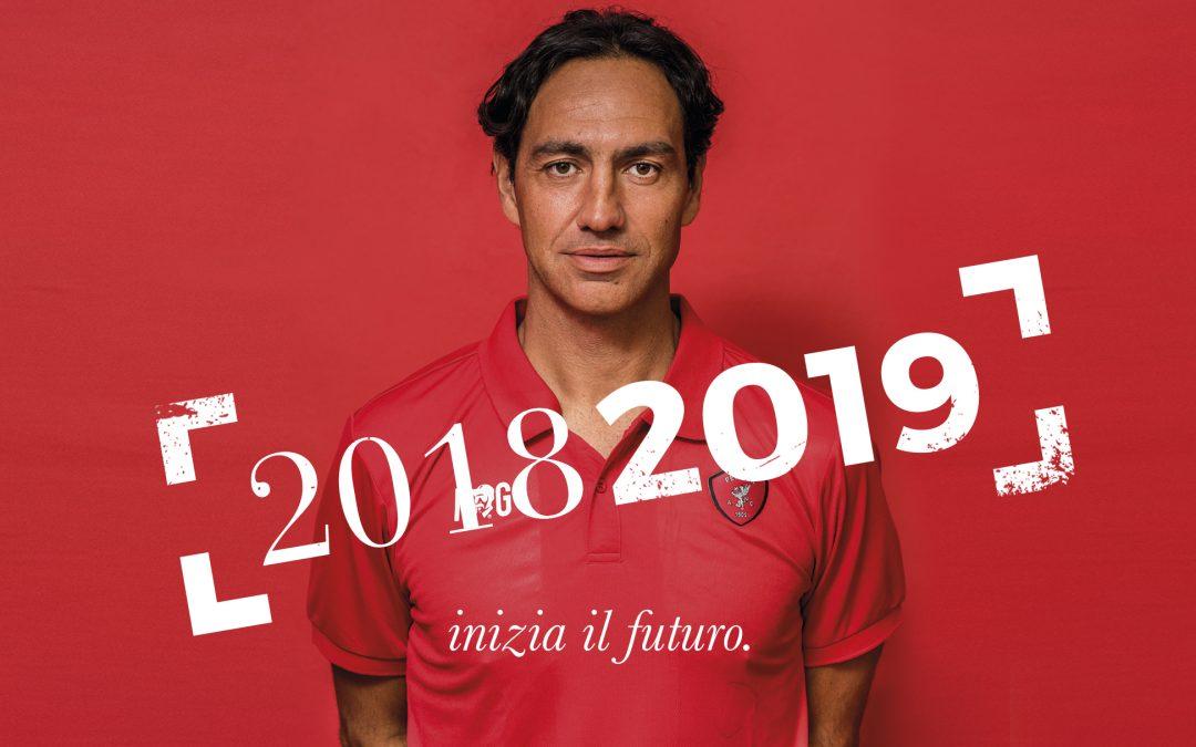 官方:意乙佩鲁贾宣布与球队主帅内斯塔续约一年