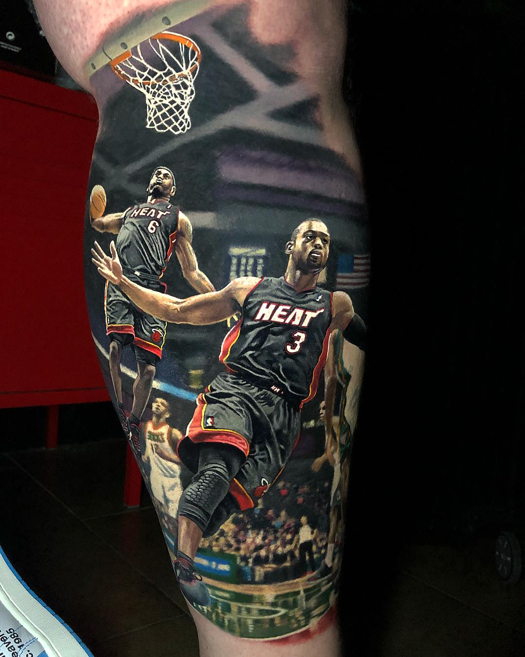 纹身师晒出新作:用了21小时完成了这幅詹韦连线