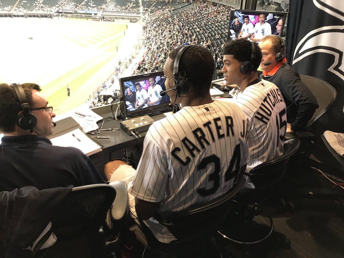 公牛新秀温德尔-卡特跟 哈奇森不雅看芝加哥白袜队角逐