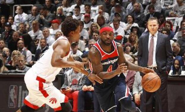 泰-劳森更愿意留在NBA打球