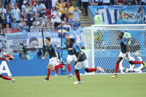 帕瓦尔调侃自己进球:被这球感动了,训练中我也进过类似球