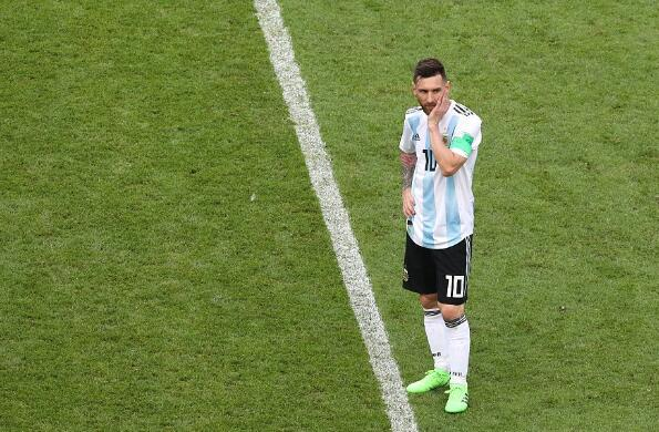 回顾阿根廷:小组赛末轮实现自我救赎,淘汰赛体面告别