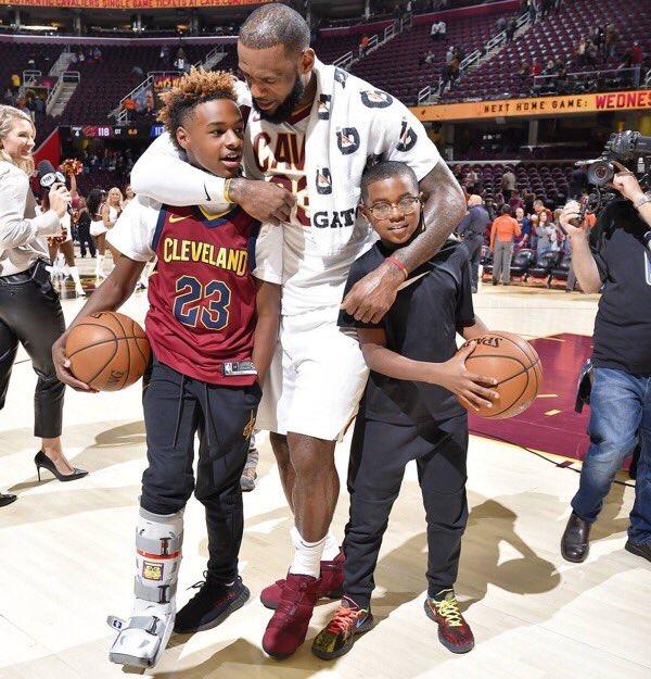 詹姆斯的大儿子确认将进入洛杉矶私立篮球名校就读