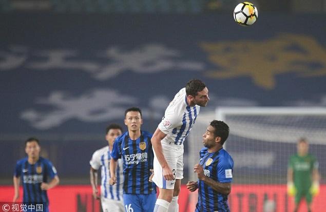 足协杯:扎哈维中柱顾超屡救险,苏宁0-0富力