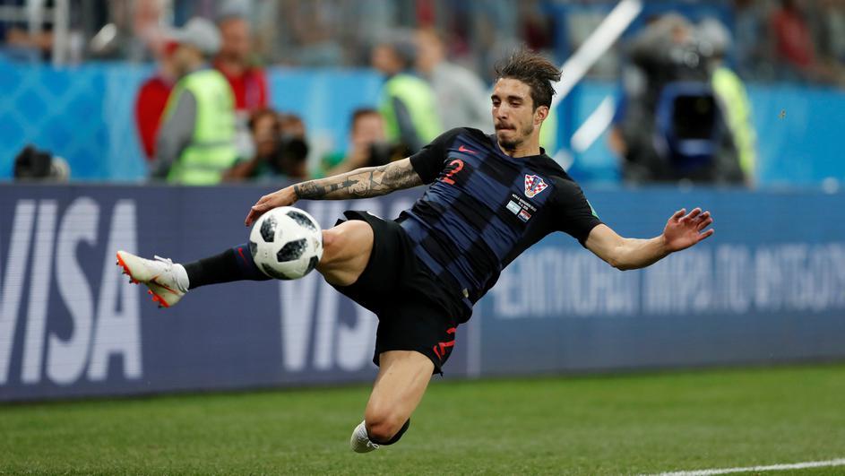 福萨里科:膝盖问题不大,如有必要,我拖着一条腿也能踢