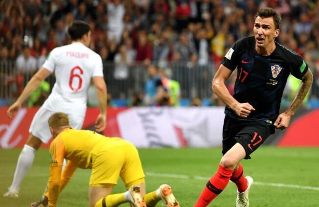 曼朱基奇加时制胜球佩里西奇传射,克罗地亚2-1逆转英格兰晋级决赛