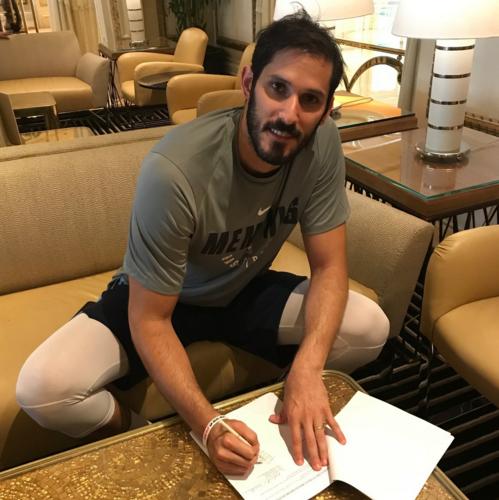 官方:灰熊正式签约欧米-卡斯比