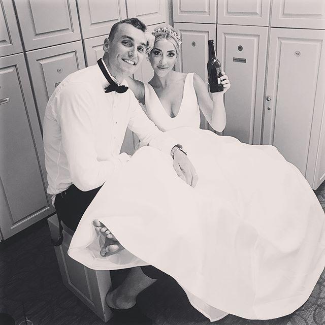 德克尔妻子晒婚礼图集:幕后花絮