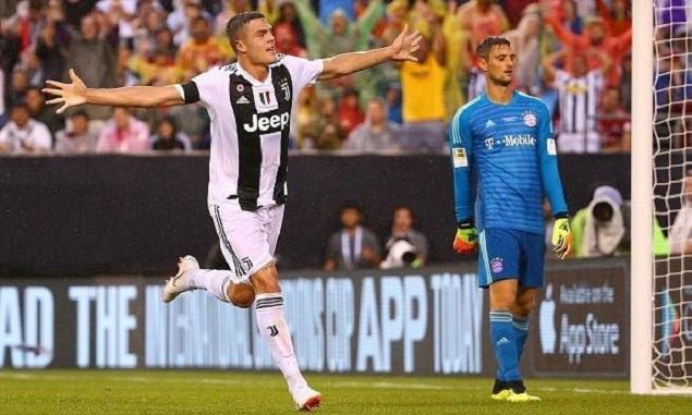 乌尔赖希失误法维利梅开二度,尤文2-0拜仁