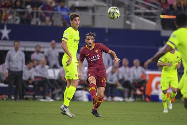 沙拉维弗洛伦齐破门佩罗蒂传射马尔科姆进球徒劳,罗马4-2逆转巴萨