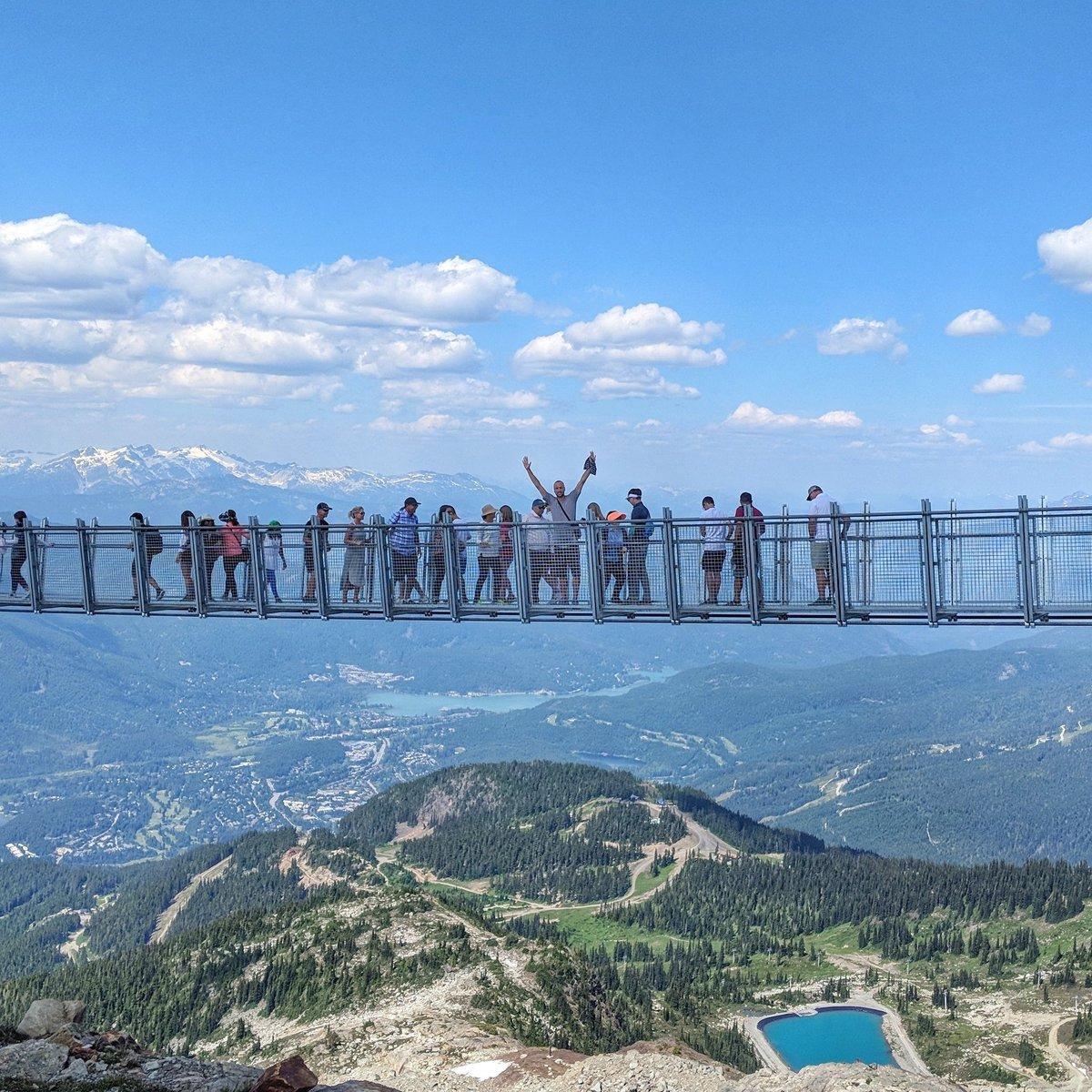 一览众山小!吉诺比利登上惠斯勒峰顶吊桥