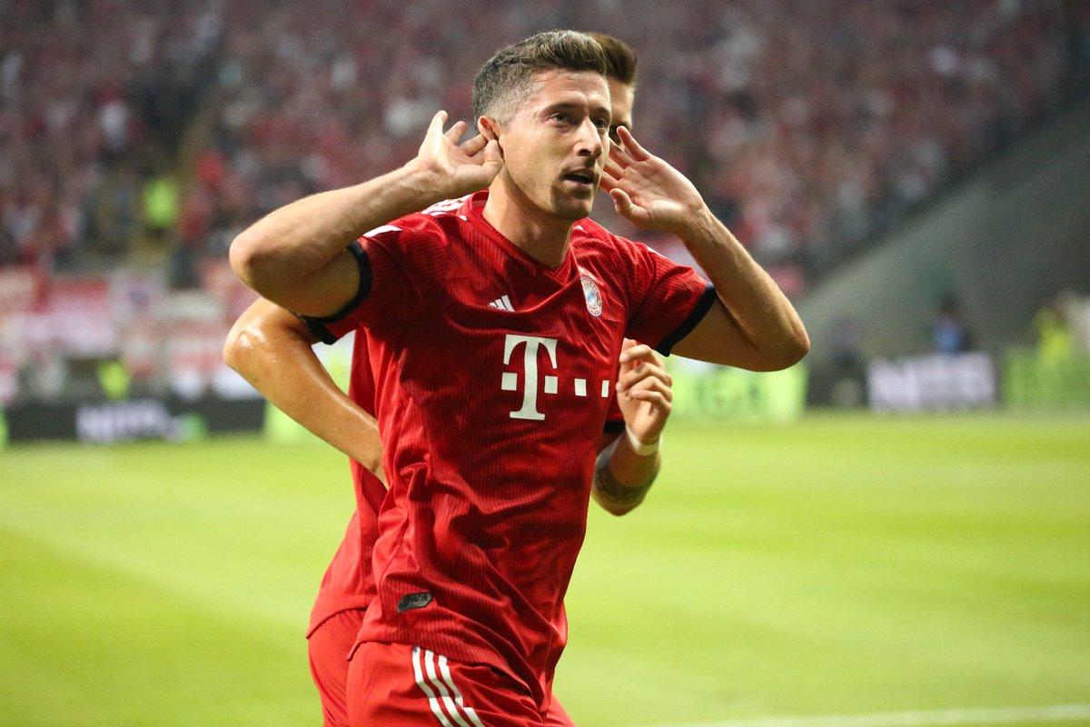 GIF:莱万梅开二度,拜仁扩大领先优势