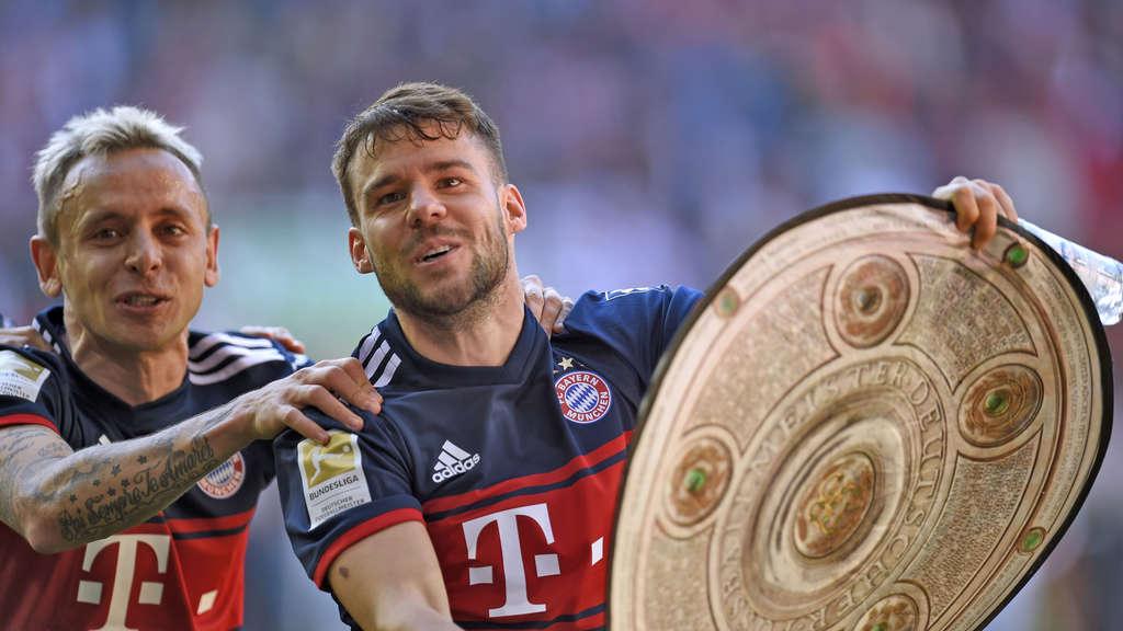 德媒:巴黎非常希望今夏签下拜仁后卫贝尔纳特