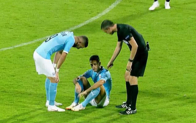 以媒:扎哈维被诊断为足部肌腱部分断裂,将伤停约三周