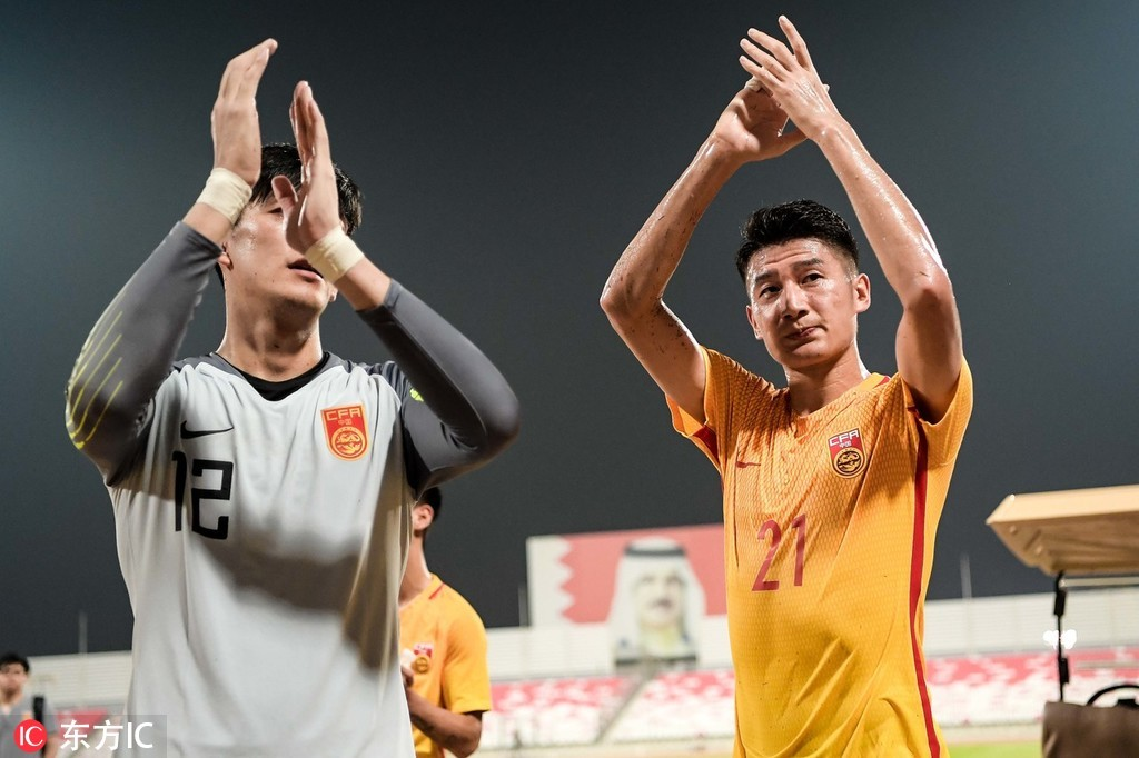 颜骏凌:西亚客场的天气让球队不适应,理解球迷的情绪